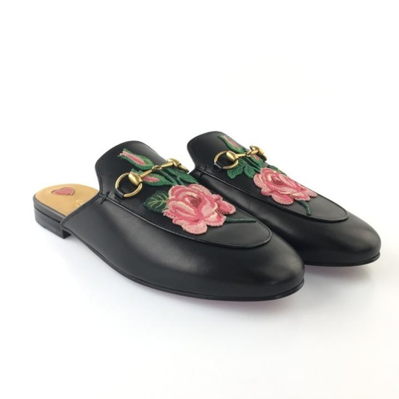 933269e7454 Gucci Black Princetown Bloom-patch Mules Slides